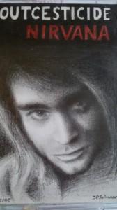 Kennt jemand die Outcesticide-CD von Nirvana? Ganz übles Geschrammel. Ich habe sie als Kassette mit extra vom Foto erstellter Zeichnung